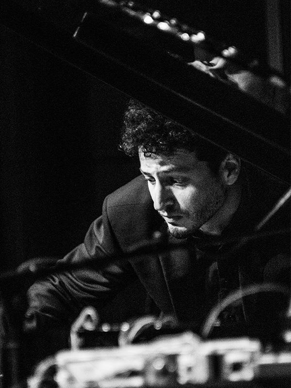 Matthias Leboucher Pianist und Komponist aus Frankreich.